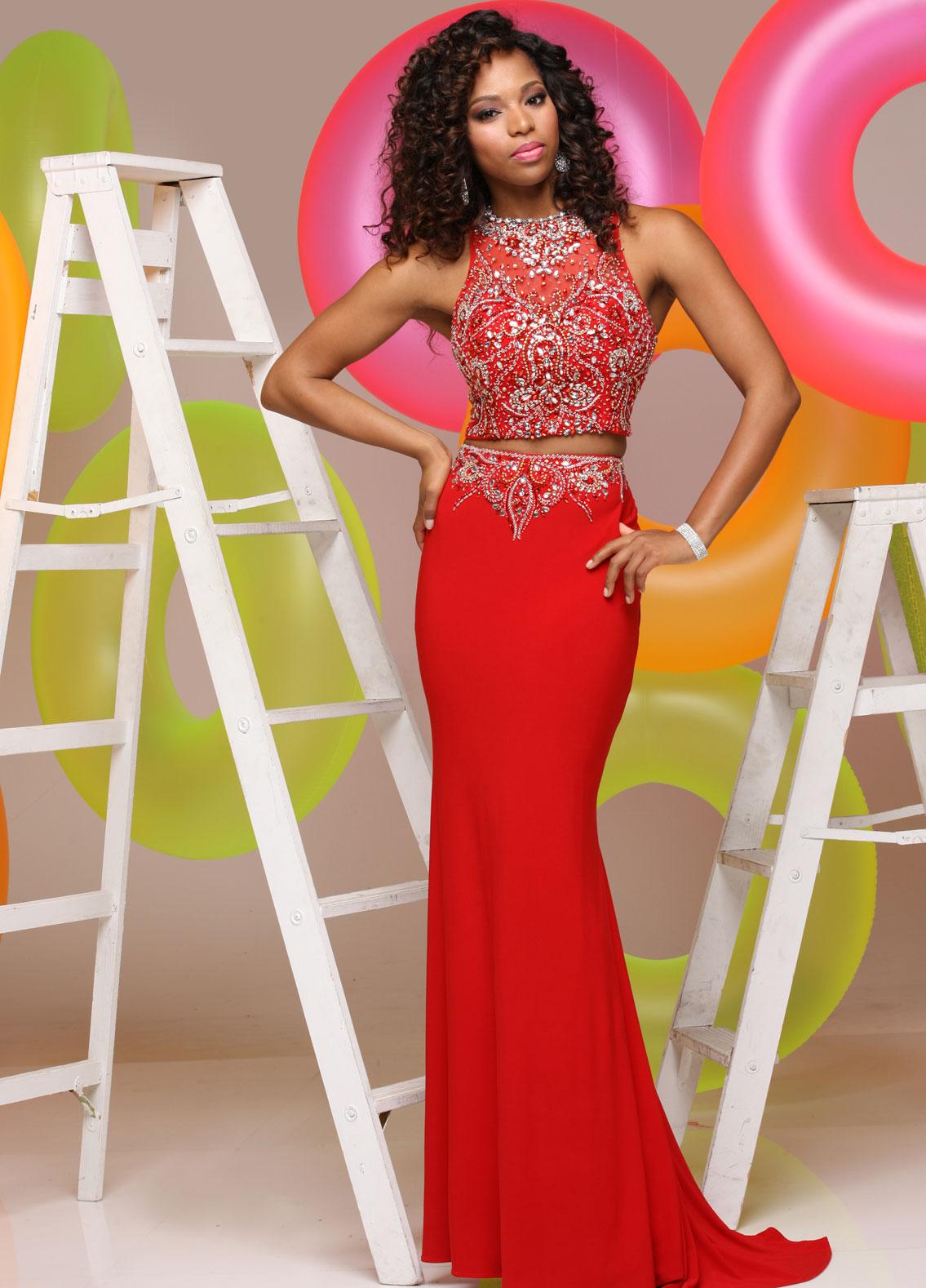 Model wearing Dress #71564